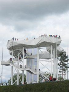 Sportkegler auf dem Wolkenhain der IGA